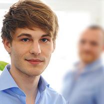 Geschäftsführer der Internetagentur 2crossmedia für den Bereich Grafik & Design